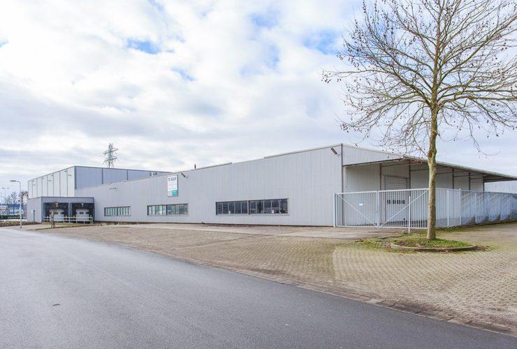 Bedrijfsruimte Smaragdstraat 1 Hengelo verhuurd aan HUUS.nl